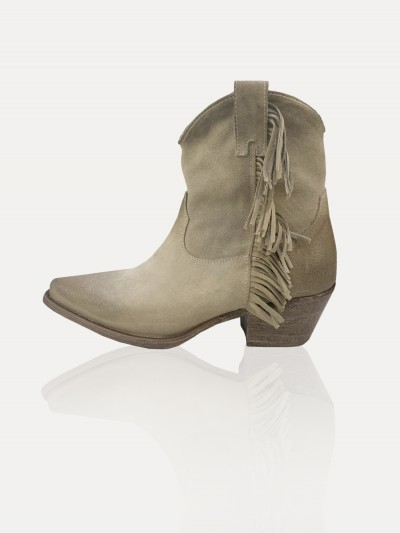 Suede texan fringed boots